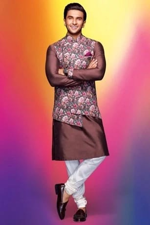 A timeless Kurta-jacket set
