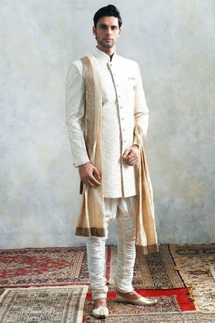 Buy Designer Suits Indian Wedding Dresses For Men Online At Manyavar Com