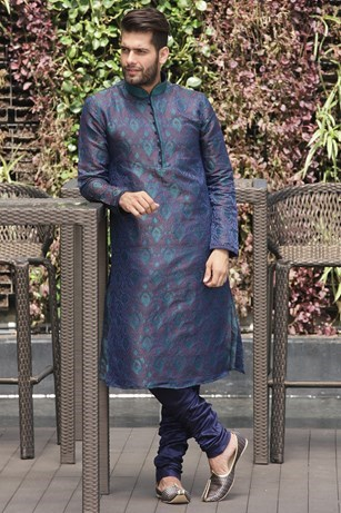 Fashionable Blue Kurta Set
